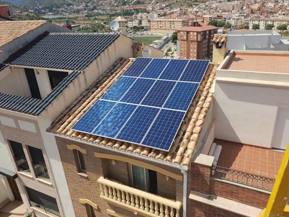 LA UNIÓ y HELIOTEC ofrecen autoconsumo fotovoltaico para viviendas y negocios