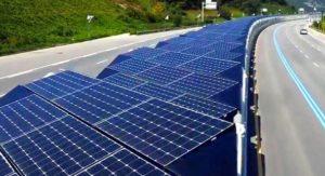 Corea del Sur instala 32 km de paneles solares en una autopista