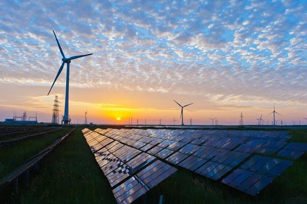 La Comunidad Valenciana pronostica un aumento espectacular de la energía fotovoltaica en una década